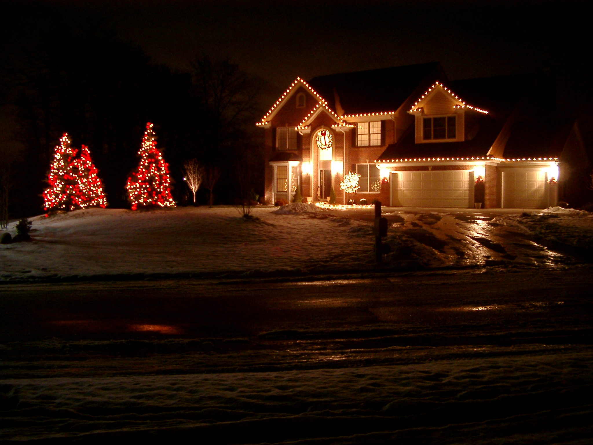 ... Holiday Lighting Installation. Whether You Want Us To Provide All  Decorations, Install Them And Store Them, Or You Have The Decorations And  Want Us To ...